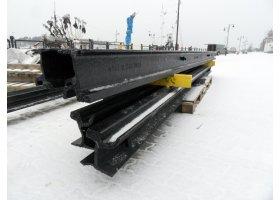 Zabytkowe szyny wróciły do portu, fot.SAS